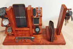 suport-din-lemn-pentru-ceasuri-scaled